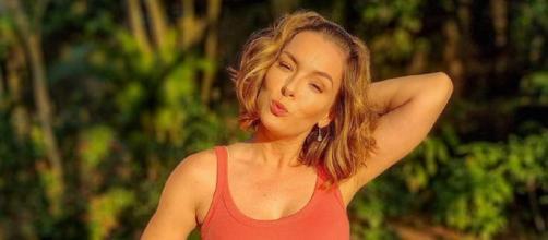 Regiane Alves faz 43 anos (Reprodução/Instagram/@regianealves)