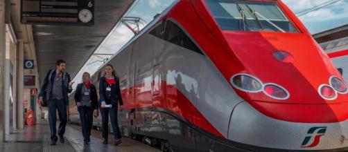 Ferrovie di Stato cerca laureati.