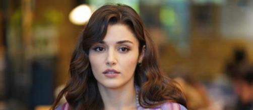 Love is in the air, spoiler al 13 agosto: Eda accuserà Selin di aver sabotato il progetto.