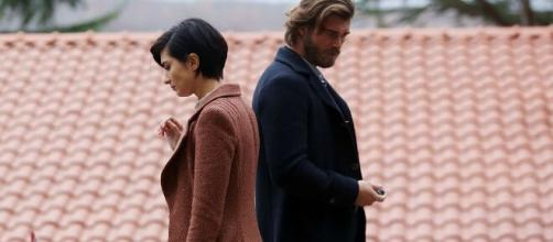 Brave & Beautiful anticipazioni turche, Cesur smascherato: Suhan scopre la vera identità.