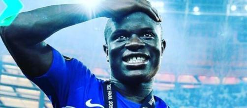 N'Golo Kanté impressionne les fans de Chelsea après son match contre Tottenham - Source : capture d'écran, Youtube