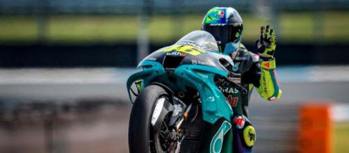 Valentino Rossi sostiene que muchos en Italia comenzaron a seguir el motociclismo por él (Instagram/@valeyellow46)