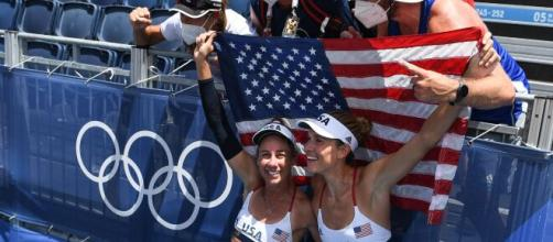 U.S. win the women's beach volleyball gold (Image source: Olympics2020/YouTube)