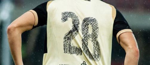 Les joueurs du Rubin Kazan ont dû écrire au feutre leur numéro - Source : club du Rubin Kazan, Twitter