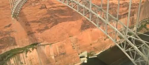 'MegaDrought' threatens Lake Powell, Glen Canyon Dam (Image source: NBC News/YouTube)