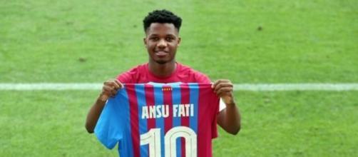 Ansu Fati usará el 10 que dejó Messi (@FCBarcelona_es)