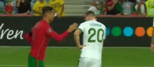 Cristiano Ronaldo pète les plombs et gifle un joueur en plein match (capture YouTube)