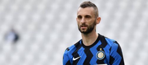 Juventus, Psg e Barcellona vorrebbero soffiare Brozovic all'Inter.