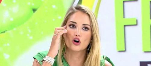 Alba Carrillo ataca mintiendo a Rocío Flores y las redes estallan (@telecinco.es)