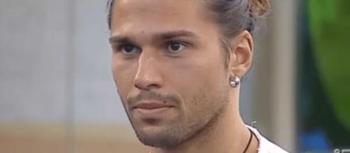 Luca Onestini attacca l'ex Ivana Mrazova: 'Mi ha lasciato lei, non le ho fatto nulla'.