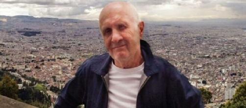 Rolling Stones: il tour manager Mick Bridgen sarebbe morto mentre seppelliva il cane.