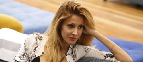 GF Vip 6, Adriana Volpe attaccata dall'ex marito.