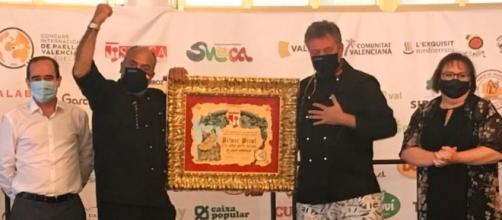 Los ganadores recibieron un premio en dinero (@concurspaellasueca)