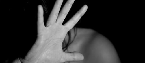 La víctima no fue a recoger a los niños, de 14, 9 y 3, al colegio y alertaron a la Guardia Civil (Pixabay)