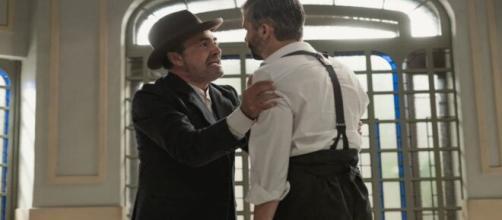 Una vita, spoiler spagnoli: Felipe torna a odiare Ramon a causa dell'amnesia.