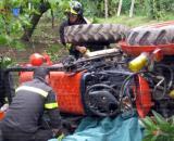 Calabria, 15enne muore schiacciato sotto un trattore. (foto di repertorio)