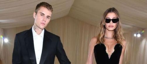 Justien Bieber e Hailey Bieber aparecem juntos em evento (Reprodução/Instagram/@justinbieber)
