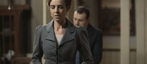 Una vita, anticipazioni spagnole: Felicia si sposa in segreto, Camino pronta ad andare via.