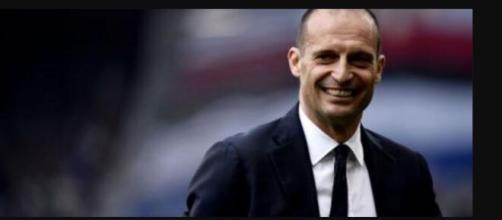 Juventus, Allegri in allenamento sprona la squadra