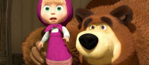Masha e Orso, la vera storia russa: la bambina venne rapita dall'animale.