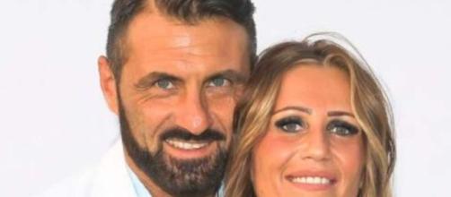 Sossio Aruta e Ursula Bennardo non stanno più insieme: saltano le nozze.