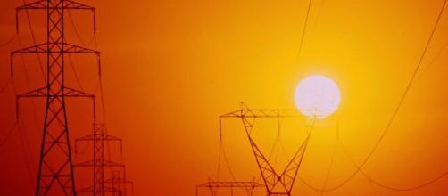 Horário de verão não faz diferença para economia de energia, diz relatório. (Arquivo Blasting News)