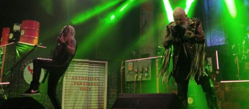 Ritchie Faulkner and Rob Halford make the metal (Image source: Samuel Earl Di Gangi)