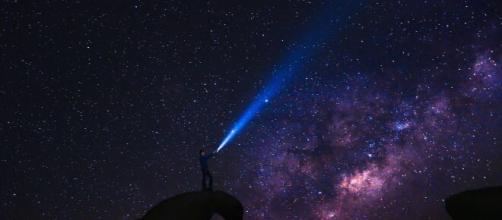 Previsioni oroscopo per la giornata di giovedì 23 settembre 2021.