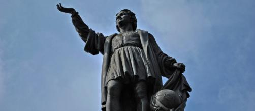 Statue of Christopher Columbus in Mexico City (Image source: ProtoplasmaKid/Wikimedia Commons)