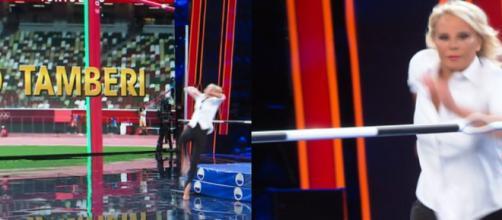 Tu si que vales, Maria De Filippi si è esibita nel salto in alto nel corso della prima puntata.