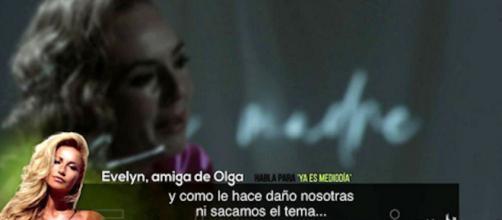 Evelyn, amiga de Olga, ha revelado cómo habla realmente Olga Moreno de Rocío Carrasco (@telecincoes)