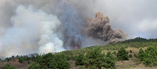 La erupción volcánica de Cumbre Vieja (La Palma) tiene sorprendida a toda España. (Twitter @involcan)