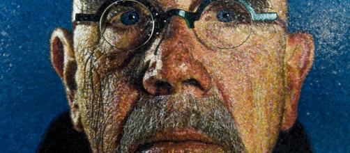 Chuck Close, artist celebrated for his large-scale portraits (Image source: Metropolitan Transportation Authority/Flickr)