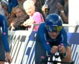 Marta Cavalli ed Elisa Longo Borghini impegnate nella staffetta mista ai Mondiali di ciclismo.
