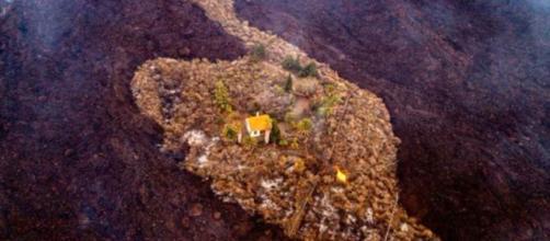 La foto de la casa aislada en La Palma por Alfonso Escalero (Instagram/@i_love_the_world.es)