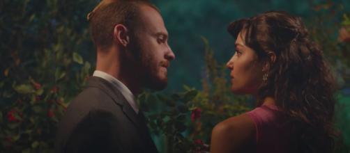 Love is in the air, trama turca: Eda nasconde Kiraz a Bolat perché sa che non vuole figli.