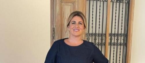 Carlota Corredera ha recibido el premio de la mano de Belén Esteban. (Instagram@carlotacorredera)