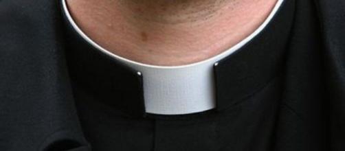 Don Francesco, il sacerdote arrestato a Prato: 'Restituirò i soldi ai fedeli'.