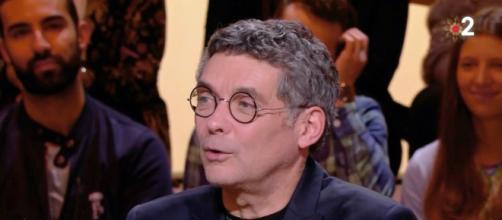 L'ancien chroniqueur de TPMP Thierry Moreau. Source : capture d'écran, France 2
