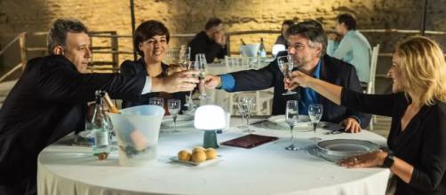 Un posto al sole, Guido (Germano Bellavia), Mariella (Antonella Prisco), Michele (Alberto Rossi) e Silvia (Luisa Amatucci).