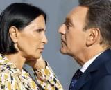Un posto al sole, Marina Giordano (Nina Soldano) e Roberto Ferri (Riccardo Polizzy Carbonelli).j