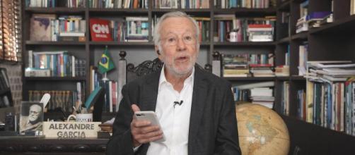 Alexandre Garcia dissemina fake news na TV (Foto: Arquivo Blastingnews)