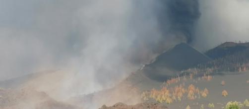 La erupción del volcán de Cumbre Vieja arrasó con 240 hectáreas y 420 edificaciones (Twitter/@involcan)