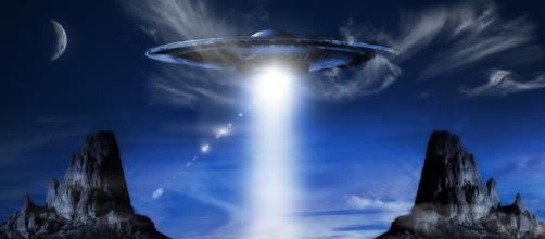 U.S. Congress considers establishing permanent UFO investigation office (Image source: Flickr)