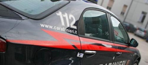 Viterbo, ha ucciso la moglie e si è poi ucciso davanti alla figlia che ha chiamato i carabinieri.