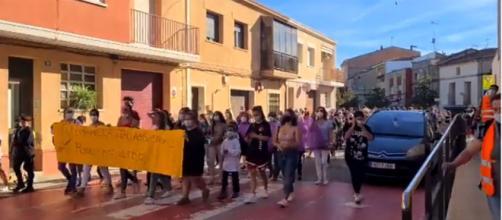 Roselló mostró su indignación y el apoyo a la niña que sufrió un abuso. (Captura @rtvenoticies)