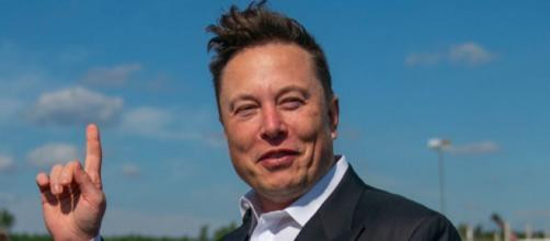 Elon Musk crede che i governi non possano fermare le cryptovalute.