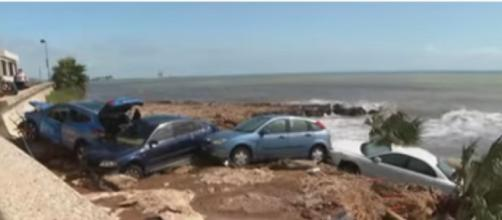 Floods ravage coastal town of Alcanar in Spain (Image source: AFP News Agency/YouTube)