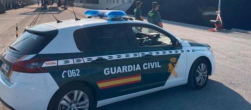 La Guardia ha encontrado al menor tras media hora del robo en Sevilla (@guardiacivil)