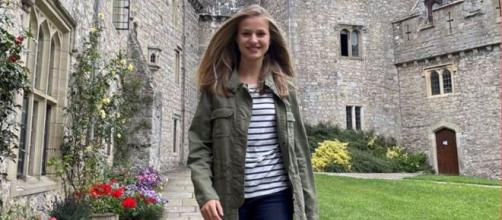 La heredera de la corona aprende a bailar salsa en su primera semana en Gales. (Casa Real)